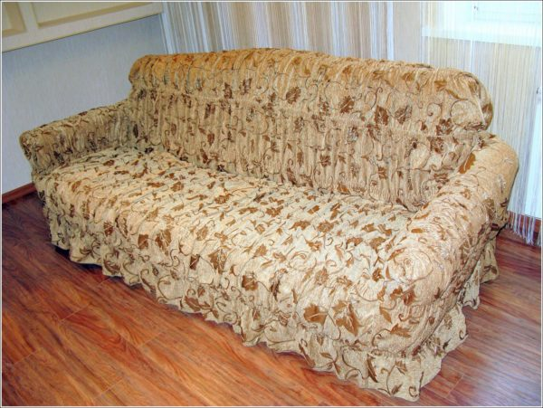 Что такое чехол на мягкую мебель и зачем он нужен