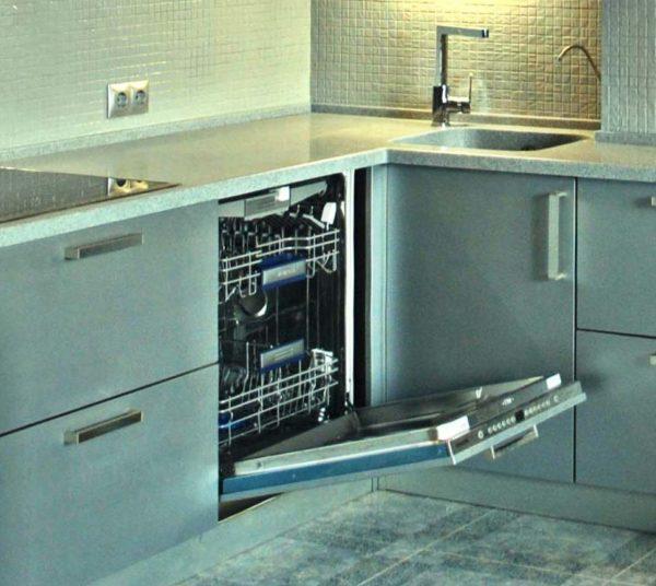 Стоит ли покупать посудомоечную машину в тесной кухне