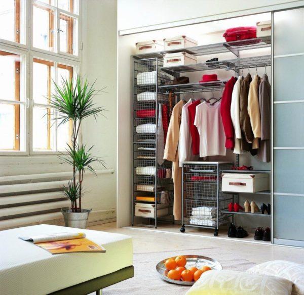 6 советов по организации современной гардеробной комнаты