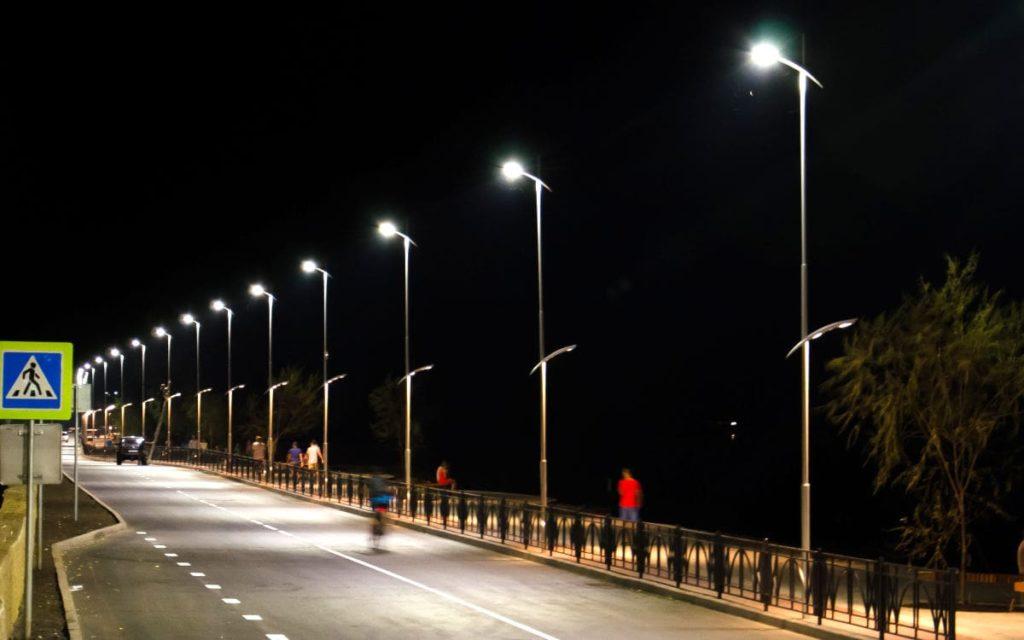 Конструкции и опоры для освещения от компании РосМатерСтрой