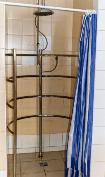 Что такое циркулярный душ и в чем его особенности