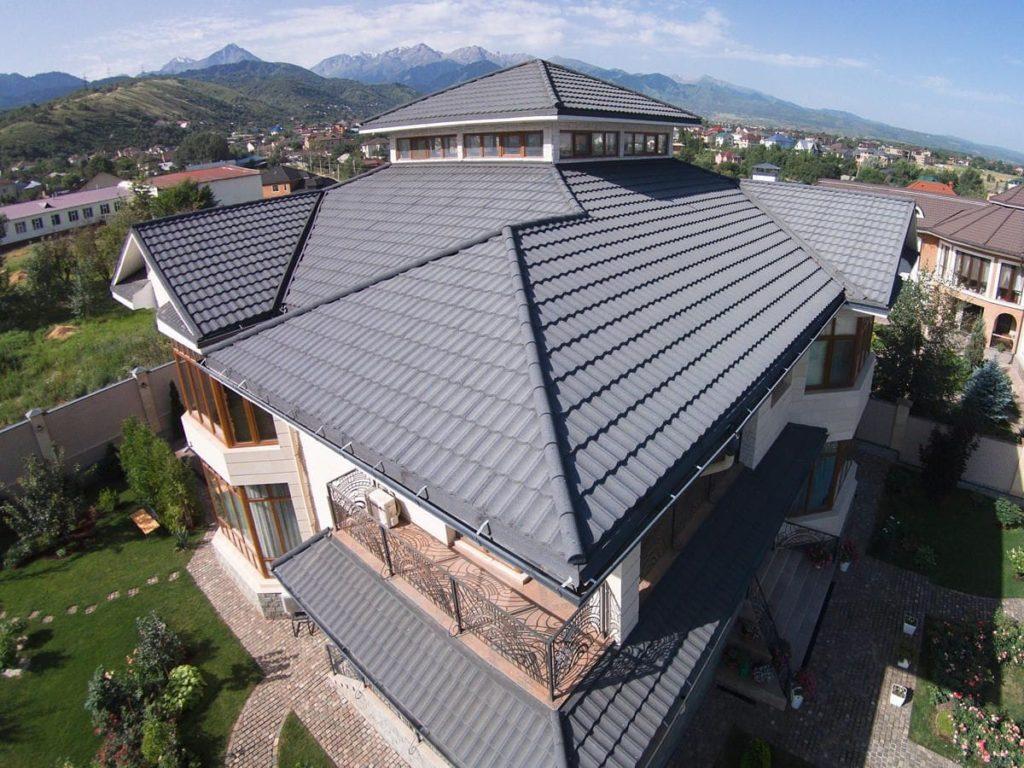 Как правильно поддерживать хорошее состояние крыши из металлочерепицы
