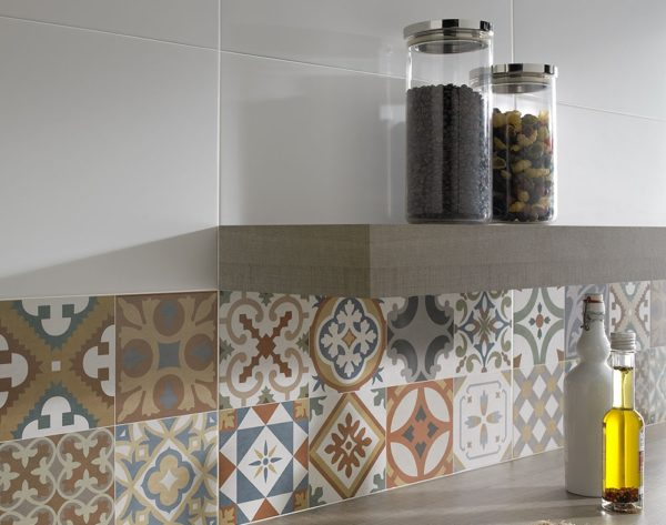 Какой кухонный фартук самый практичный и надежный