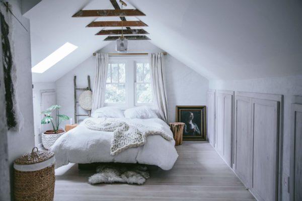 Как превратить старую мансарду в уютное место для отдыха