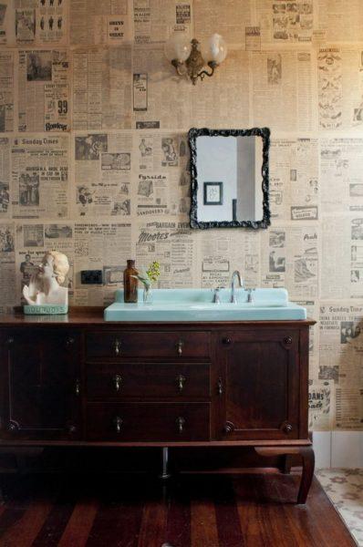 Газеты как необычный декор квартиры