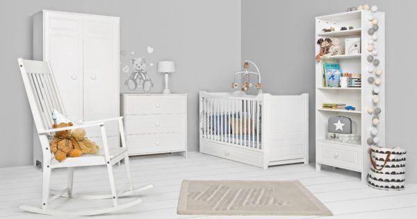 10 предметов мебели, без которых не обойтись родителям новорожденного