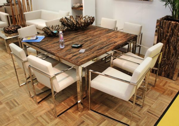5 параметров выбора стола для обеденной зоны