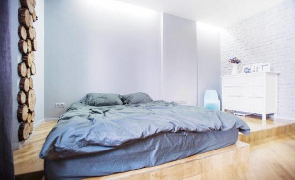 Кровать-подиум как уникальная фишка интерьера спальни