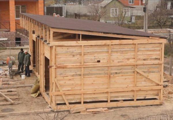Двухскатная крыша своими руками: простая пошаговая инструкция