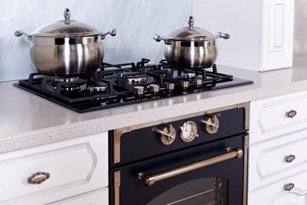 Стоит ли покупать встроенную технику на кухню