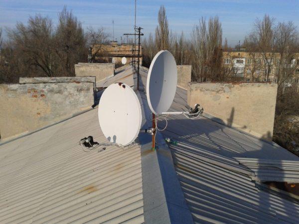 Четкая ориентация антенны по сигналу очень важна
