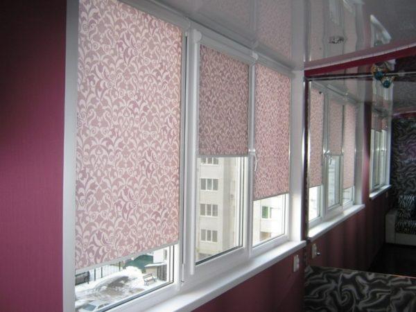 Как правильно выбрать шторы для балкона и лоджии