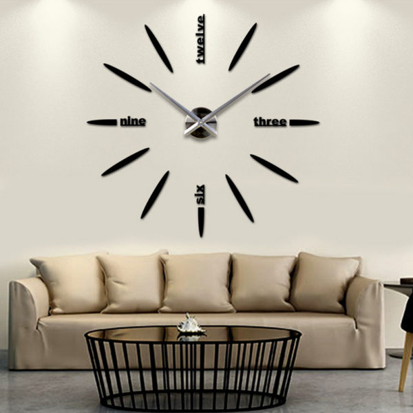 Как сделать настенные часы основным элементом декорирования гостиной