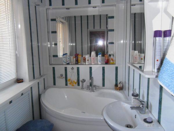 Какое зеркало выбрать в ванную комнату