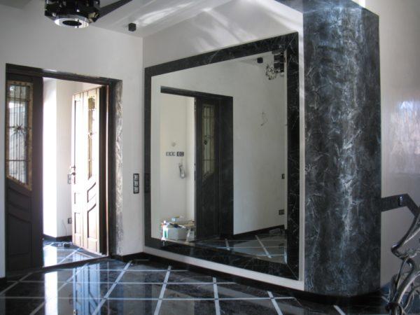 Как правильно найти место для зеркала в интерьере