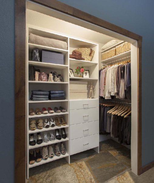 Как обустроить удобную гардеробную в спальне