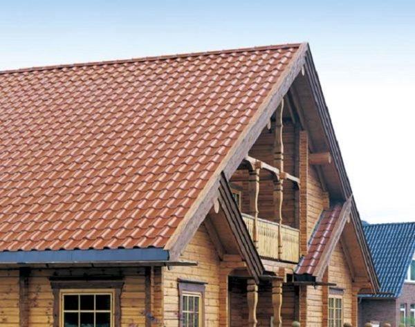 Готовая крыша смотрится отлично
