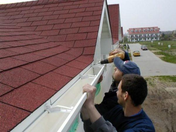 Как сделать карниз крыши