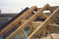 Как правильно сделать двухскатную крышу своими руками