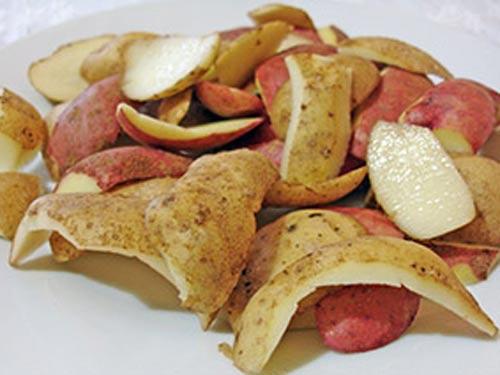 Картофельные очистки как средство для борьбы с сажей.