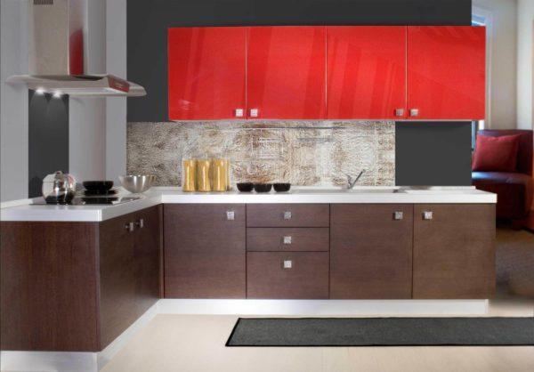 Какими преимуществами обладает угловой кухонный гарнитур