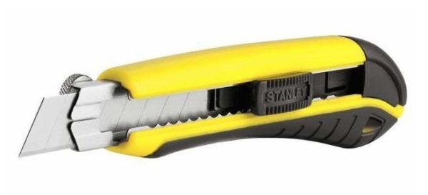 Лезвие ножа для резки поликарбоната должно хорошо фиксироваться в конструкции