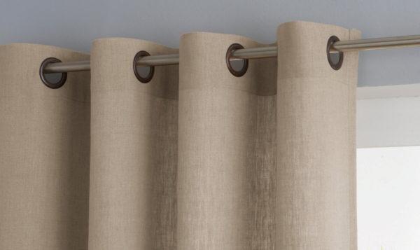 Как оформить интерьер льняными шторами