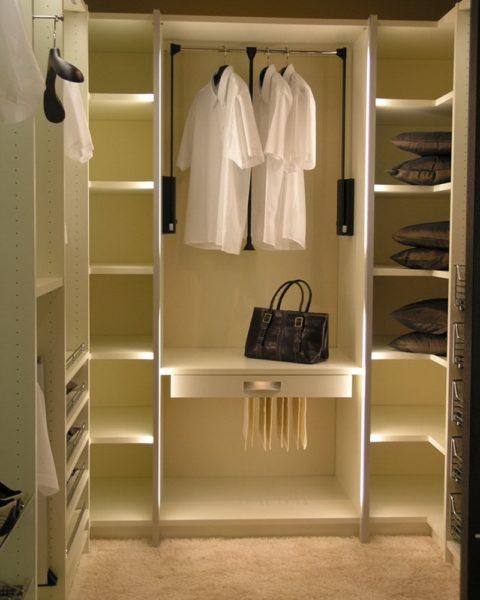 Как сделать гардеробную в небольшой квартире