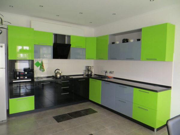Какие фасады выбрать для кухонного гарнитура