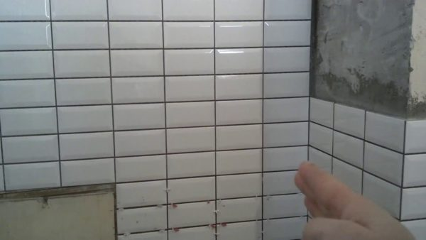 "Где уместна укладка плитки в стиле ""метро"""