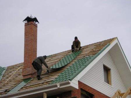 Как сделать крышу металлочерепицей видео фото 786