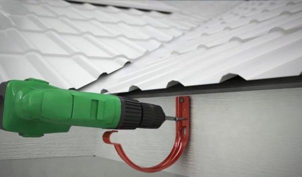 Монтаж укороченного держателя на ветровую доску