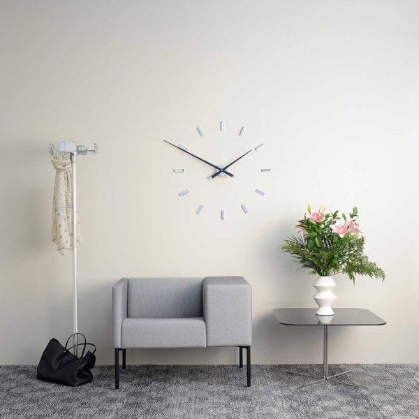 Как применить настенные часы для украшения своего дома