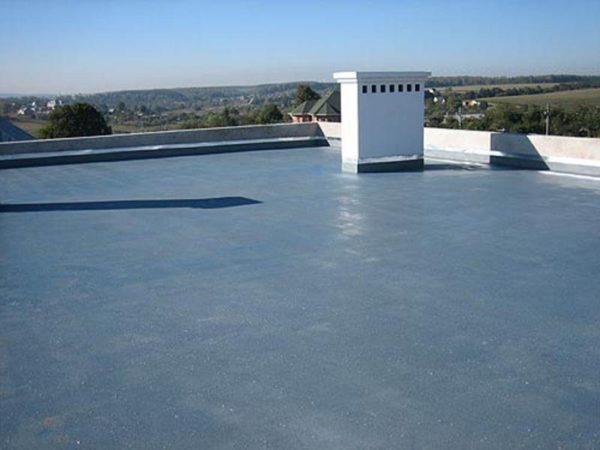 Парапет — обязательный элемент любой крыши выше 10 метров