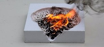 Пенопласт, как правило, хорошо горит