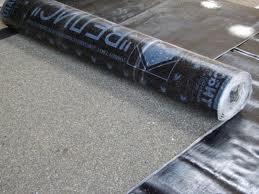 положить рубероид на бетонную крышу