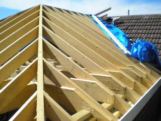 постройка крыши дома