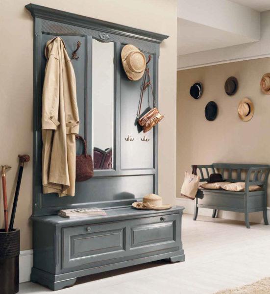 Как выбрать мебель в маленькую прихожую