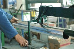 Процесс изготовления водосточной трубы