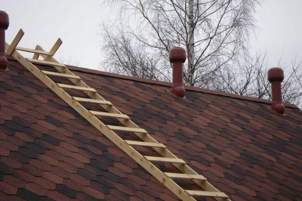 Работа производится, пока вся крыша не будет закрыта