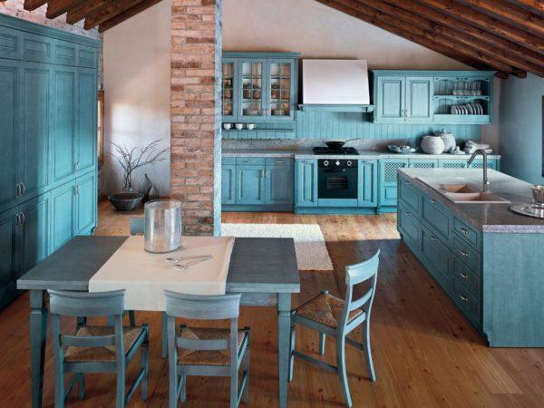 Стоит ли выбирать голубой цвет для отделки кухни
