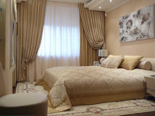 Какая ткань подойдет для штор в спальне