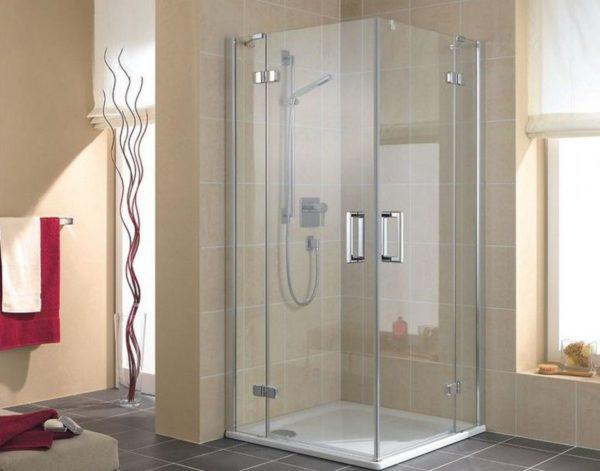 Каких видов бывают душевые кабины и как выбрать подходящую для своей ванной