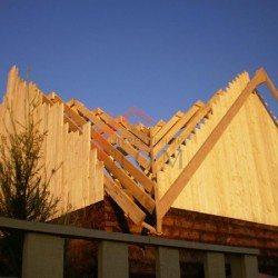 строительство четырехщипцовой крыши своими руками