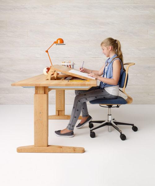 Что такое детский стул с регулировкой высоты
