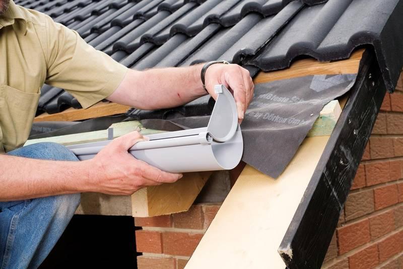 Установка водостока для крыши своими руками
