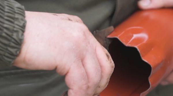Вальцовка края трубы, которая войдёт в раструб