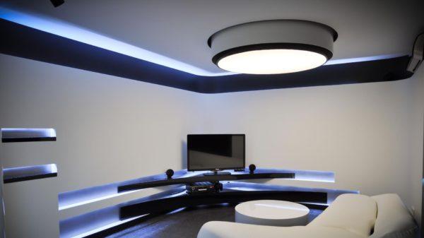 Какие светильники выбрать для интерьера в стиле хай-тек