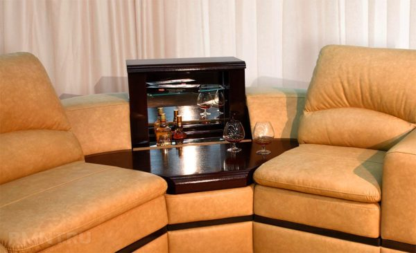Что такое тумба-бар и так ли она нужна в гостиной