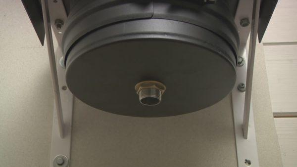 Заглушка с отверстием для слива конденсата